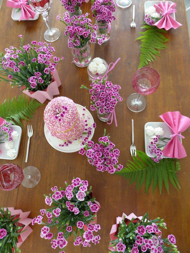 DIY Blumen Tischdeko Pink Day sophiagaleria