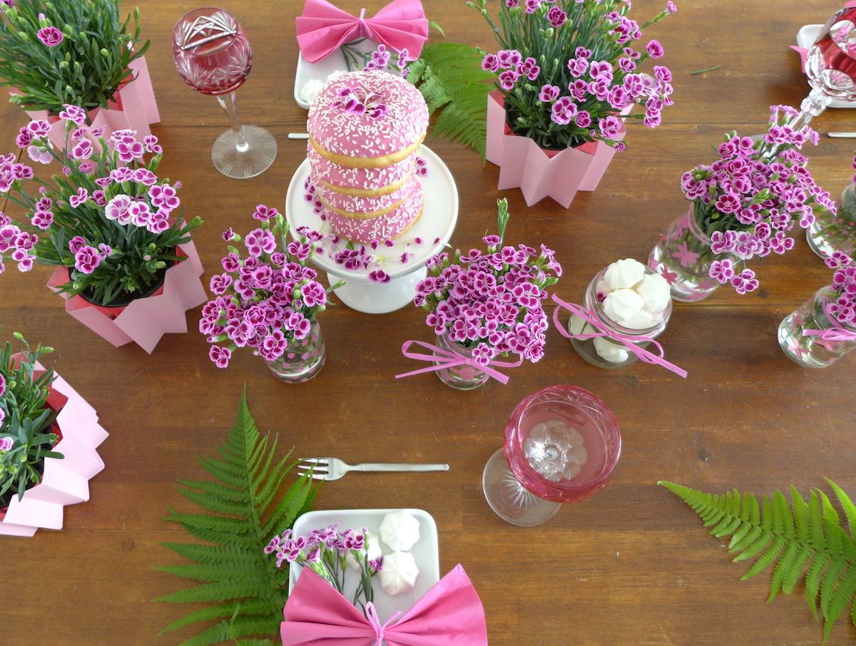 National Pink Day DIY Blumen Nelken Tischdeko sophiagaleria