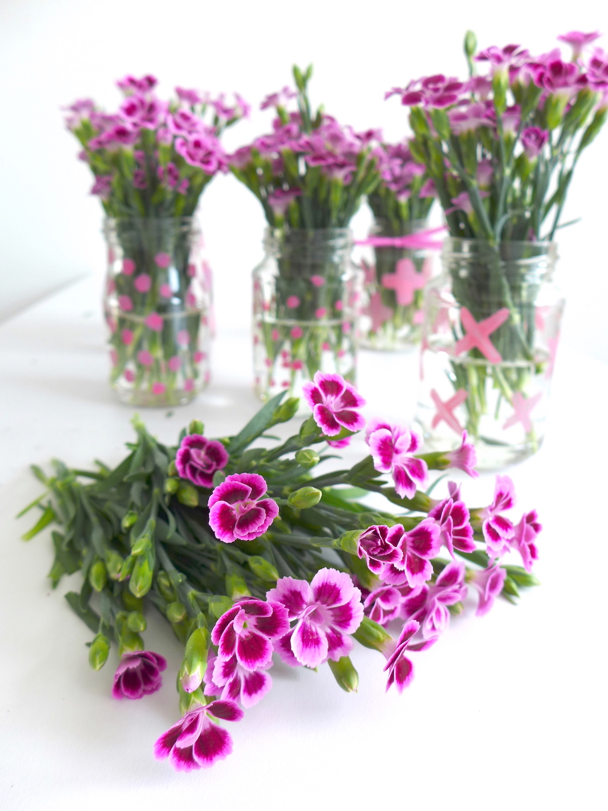 Pinke Nelken in DIY Vasen sophiagaleria