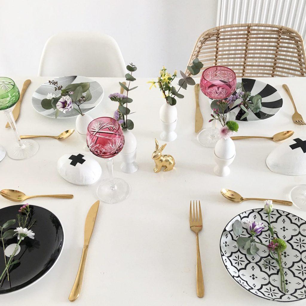 osterdeko do it yourself blumige tischdeko f r ostern sophiagaleria. Black Bedroom Furniture Sets. Home Design Ideas