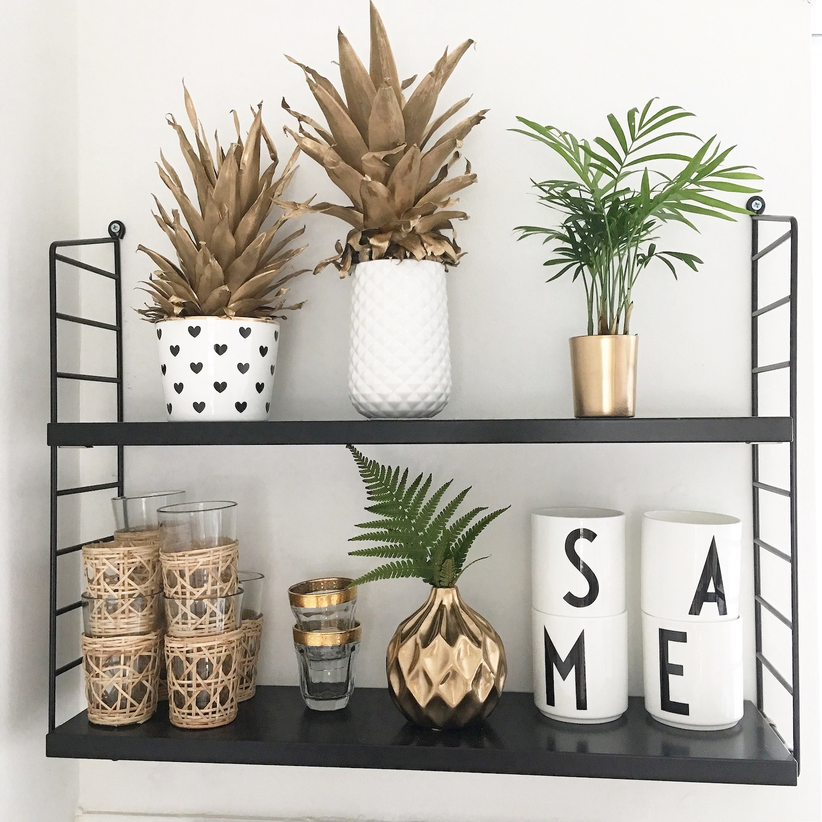 diy deko gold shelfie sophiagaleria sophiagaleria. Black Bedroom Furniture Sets. Home Design Ideas