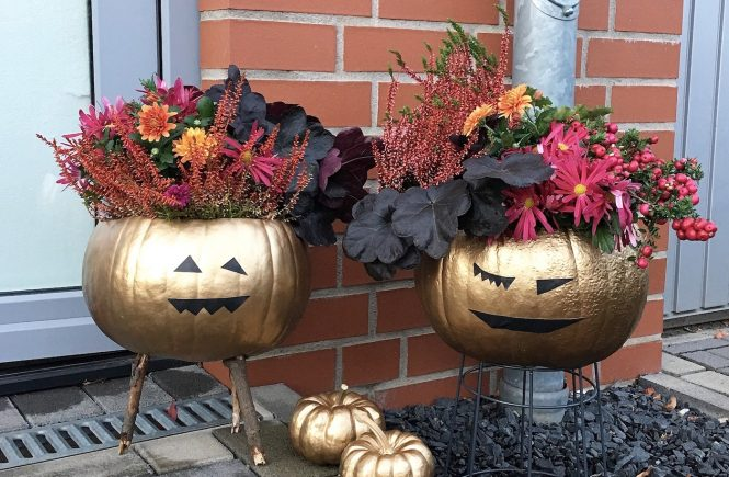 DIY Halloween Decor sophiagaleria