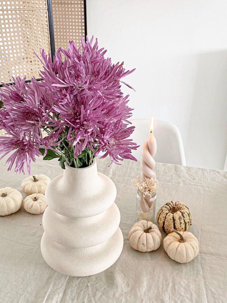 DIY gedrehte Kerzen und Blumen